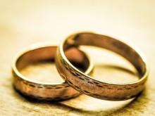 anneaux-mariage-couple