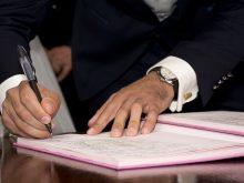 la remise du certificat de travail permet au salarié de justifier de son activité